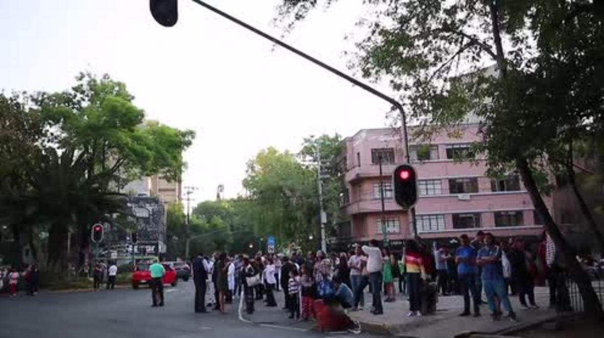 Mexico: 7.2 magnitude earthquake strikes Mexico City