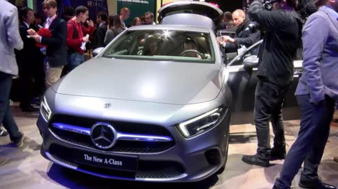 España: Mercedes-Benz presenta el nuevo sistema MBUX de control e Inteligencia Artificial en el MWC en Barcelona