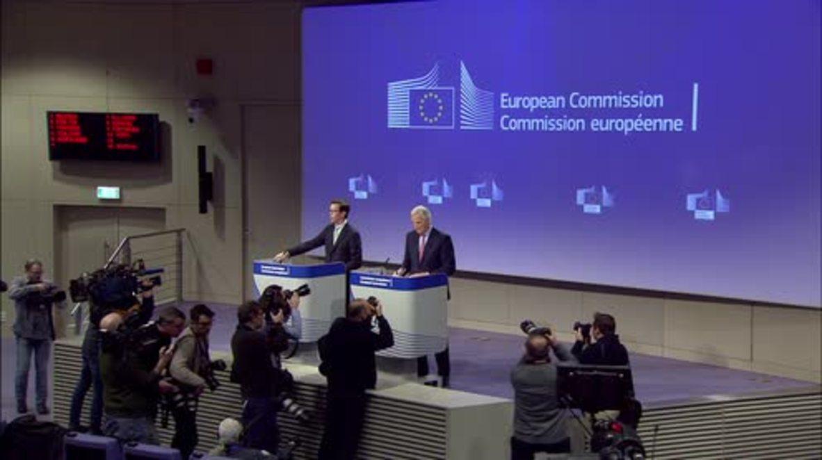 Belgium: Barnier unveils draft Brexit treaty