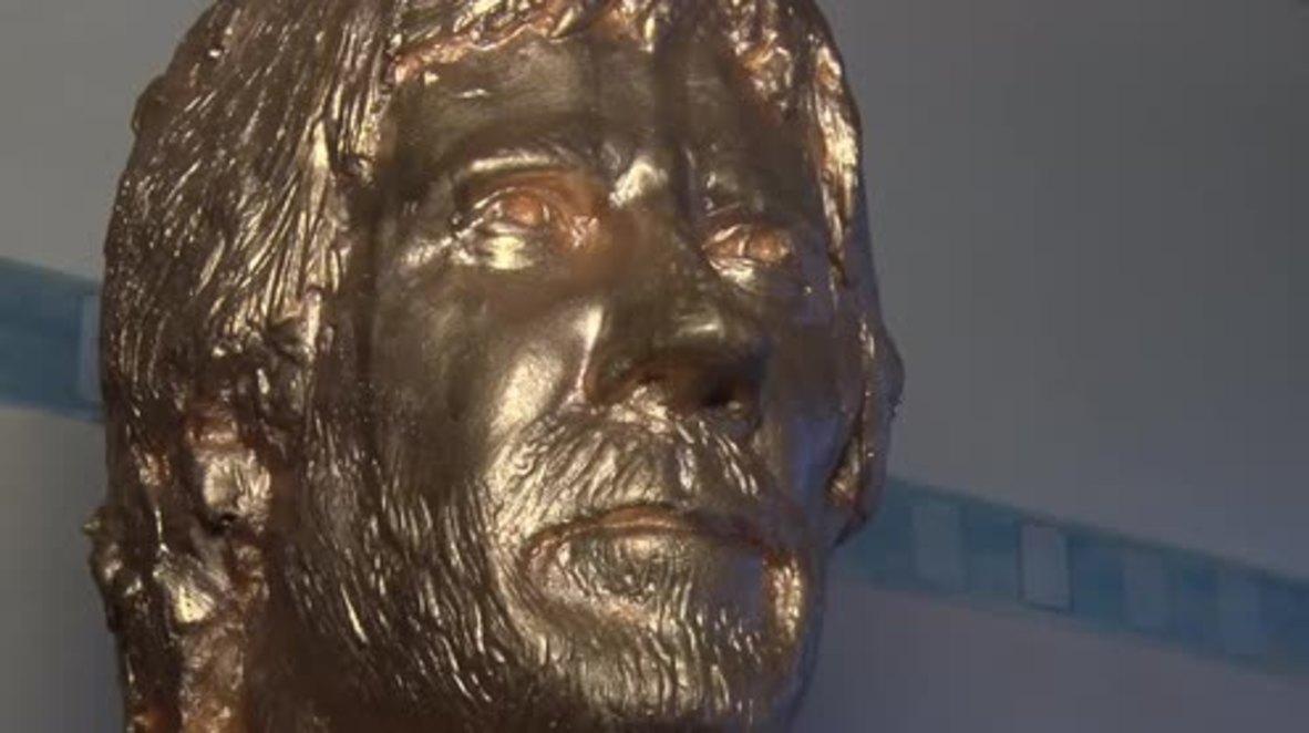 Croacia: Zagreb es ahora más seguro gracias a la estatua de Chuck Norris en una cafetería local