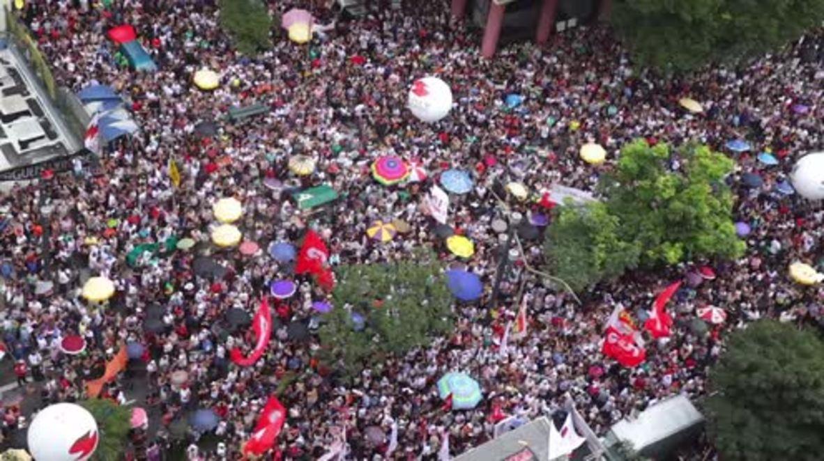 Brasil: Maestros de Sao Paulo protestan contra aumentos de impuestos