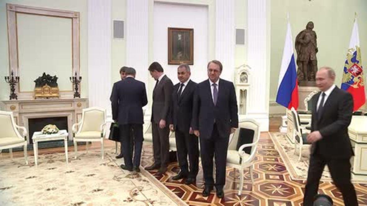 """Rusia: Rusia juega un """"papel importante"""" en el mundo árabe - Emir al-Thani de Qatar"""