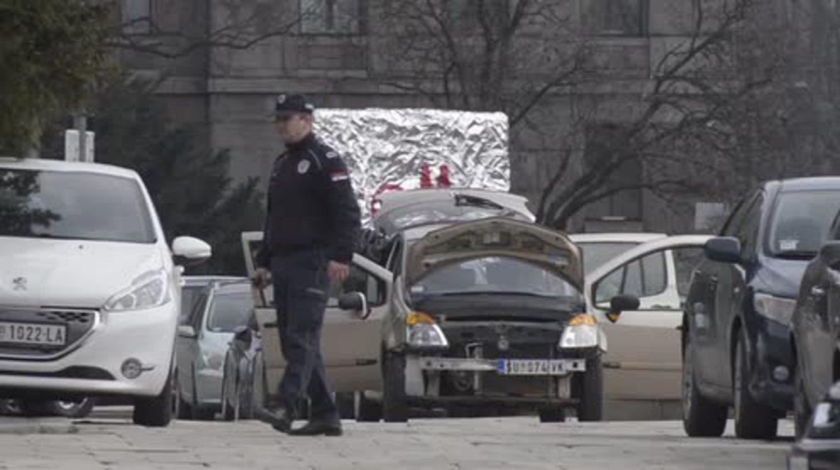 Serbia: Evacúan el Parlamento por la presencia de un hombre con explosivos
