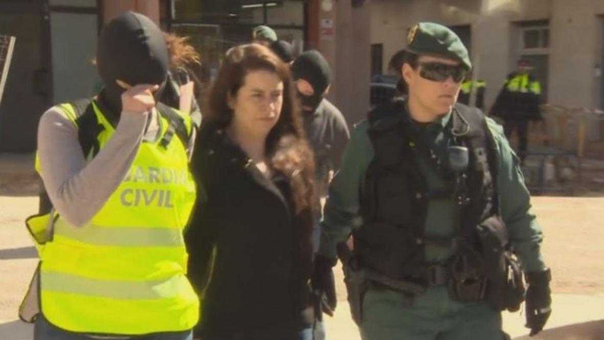 España: La Guardia Civil detiene a la coordinadora de un CDR en Viladecans