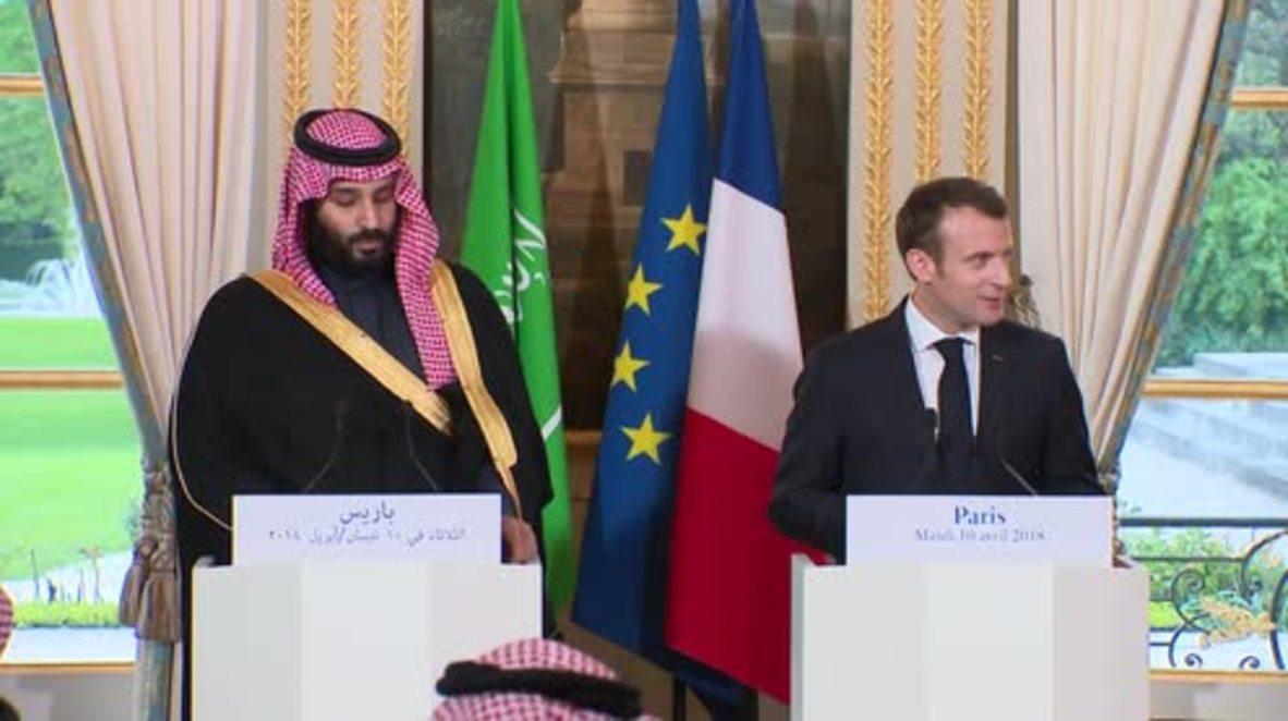 Francia: Macron dice que las instalaciones de armas químicas serían el blanco de los ataques aéreos en Siria