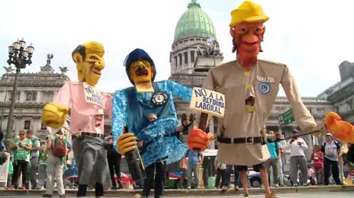 Argentina: Trabajadores del sector público hacen huelga contra el techo salarial del 15 por ciento propuesto por Macri