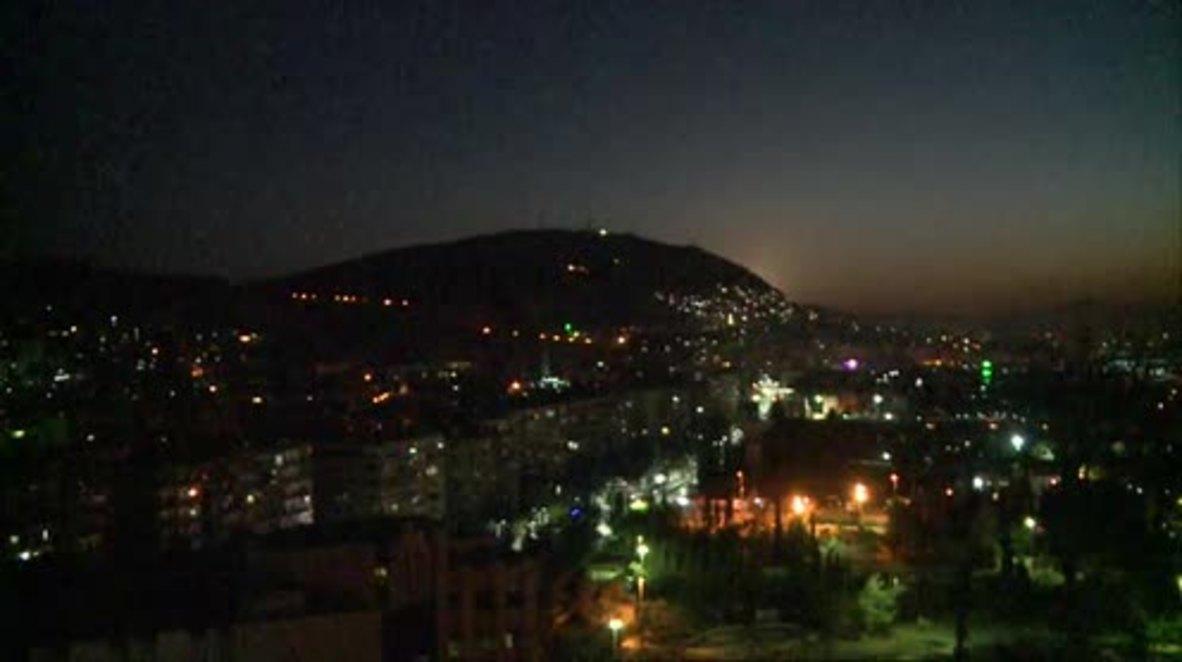 Siria: Fuerzas gubernamentales organizan defensa de Damasco tras los ataques aéreos liderados por EE. UU. * EXCLUSIVO *