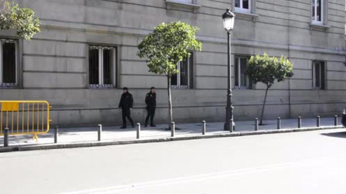 España: Líderes catalanes encarcelados comparecen ante el Tribunal Supremo en Madrid