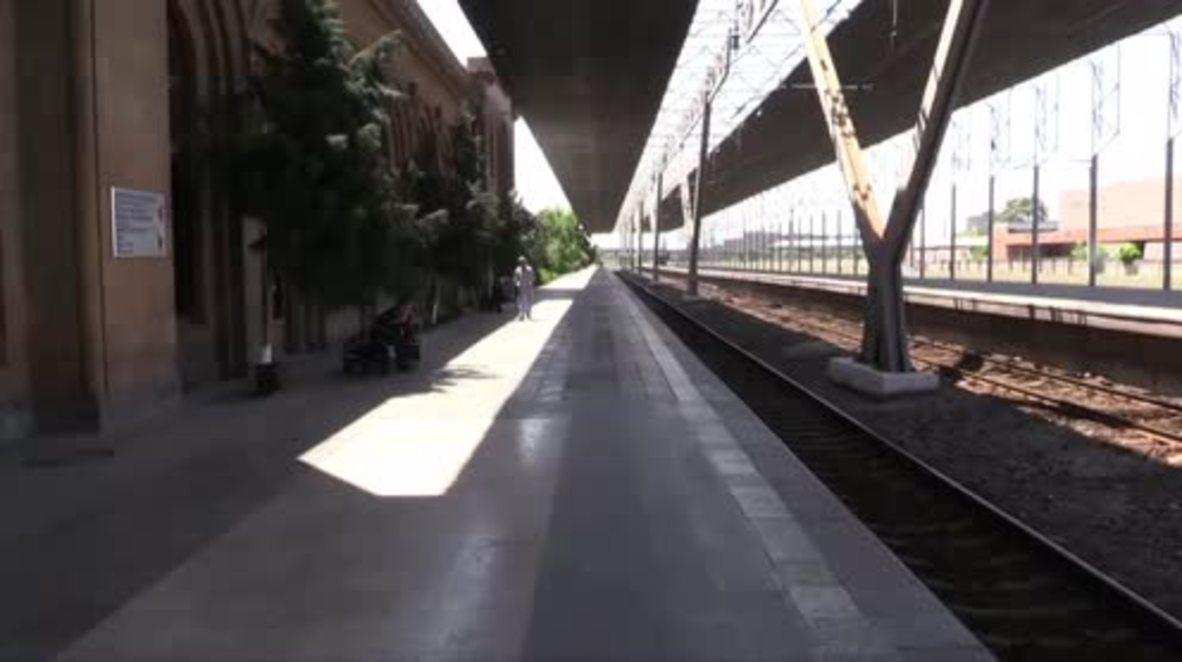 Armenia: Yerevan central station vacant as strikers blockade roads