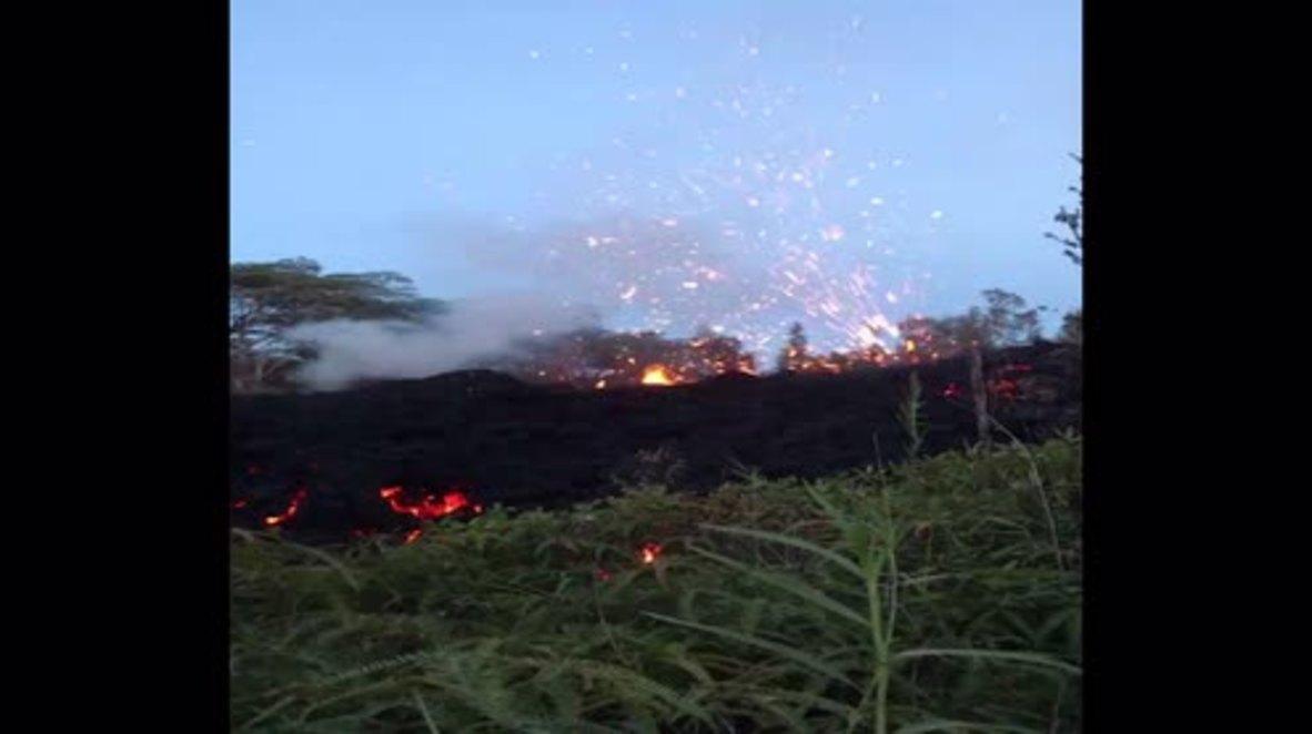 USA: Hawaii volcano spews lava high into air