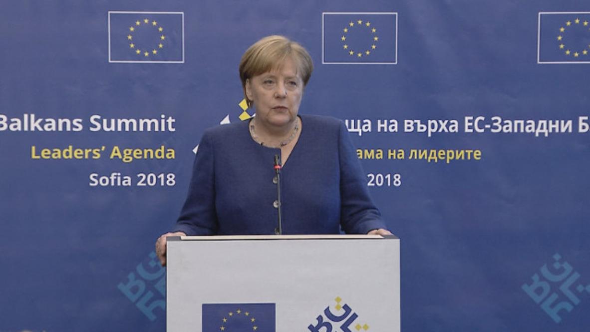 Bulgaria: Merkel discusses Iran deal, meeting Putin in Sochi
