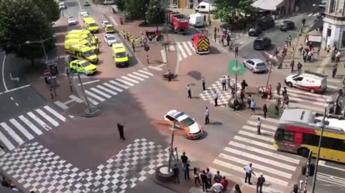 Bélgica: Los servicios de emergencias acuden al lugar del tiroteo en Lieja para asistir a los afectados