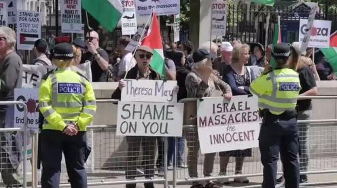 UK: Anti-Israeli demo staged at 10 Downing Street during Netanyahu visit