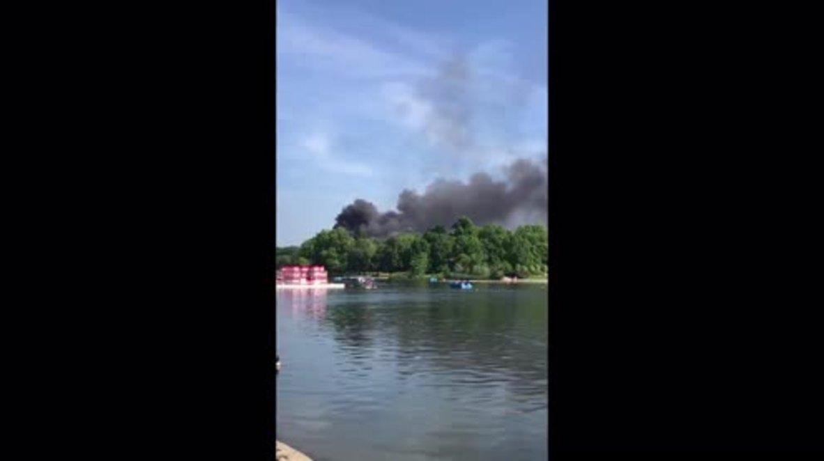 UK: Fire breaks out at luxury hotel in London