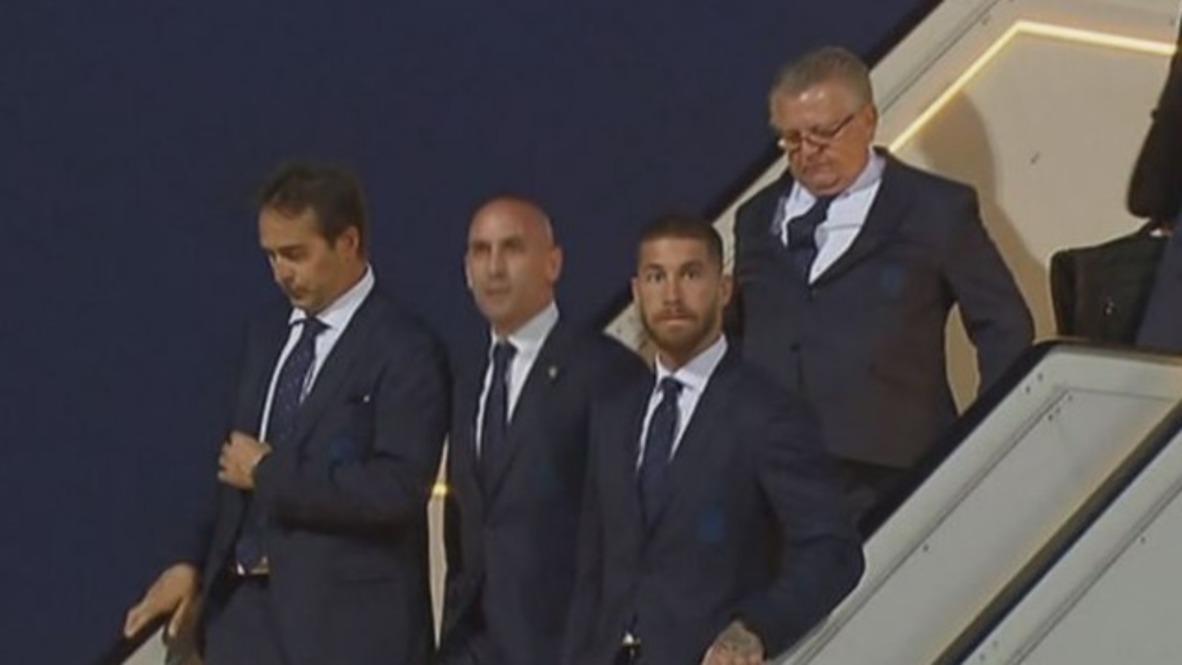 Rusia: El equipo de fútbol de España llega a Krasnodar