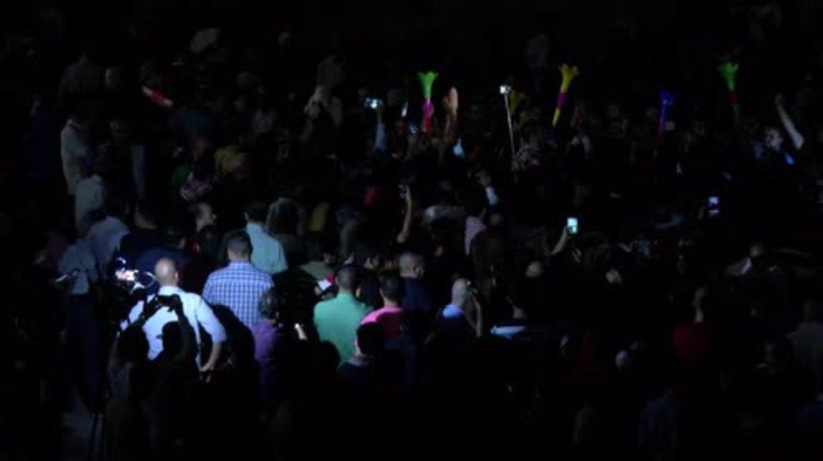 Jordan: Thousands celebrate tax bill repeal in Amman