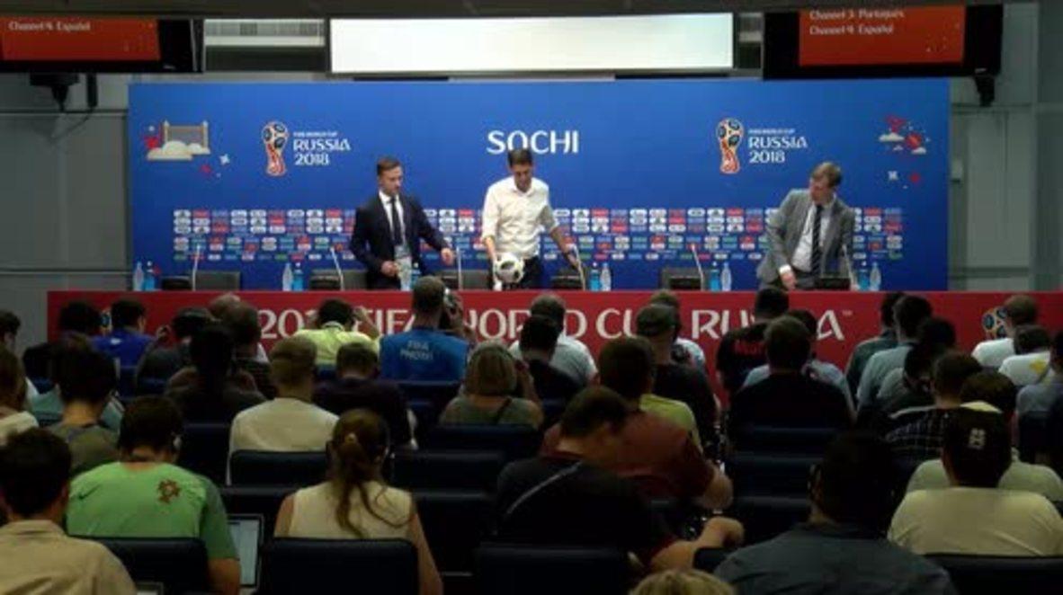 Russia: Spain coach has 'no doubts' about De Gea despite blunder against Portugal