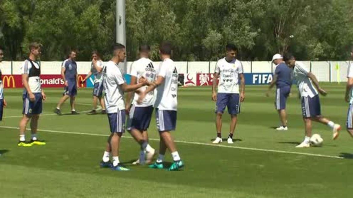 Rusia: Argentina celebra su primera sesión de entrenamiento tras empatar con Islandia