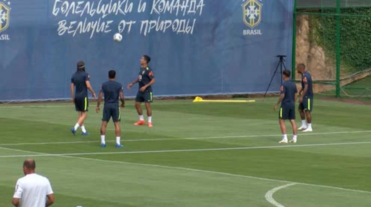 Rusia: Neymar está bien, según su compañero de equipo Coutinho