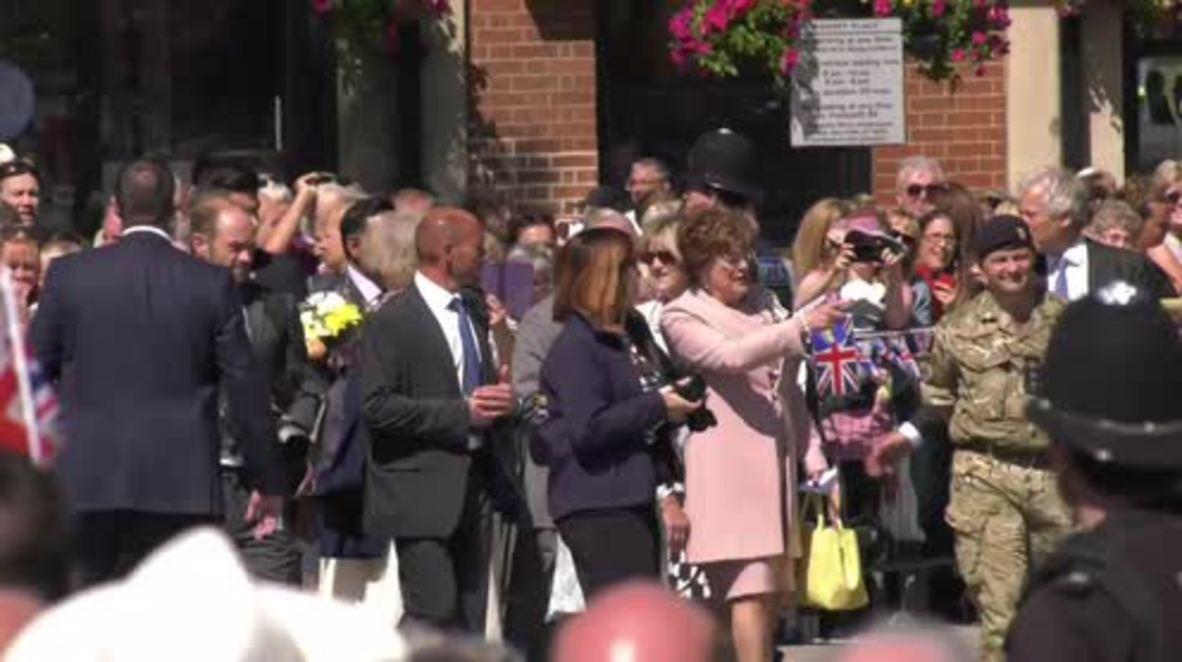 Reino Unido: Príncipe Carlos y Camilla visitan Salisbury donde fue envenenado el exespía soviético Skripal