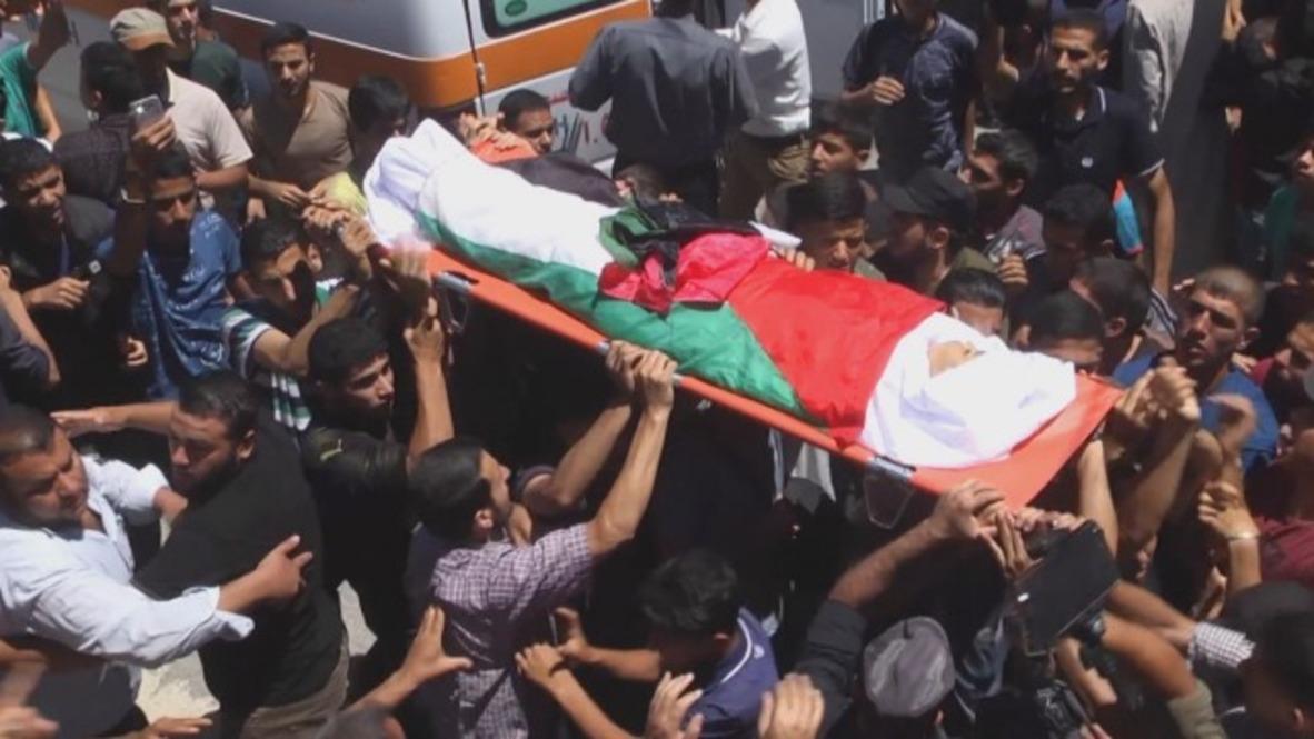 Estado de Palestina: Funeral por el adolescente palestino asesinado en la frontera por soldados israelíes