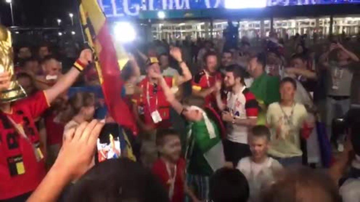 Rusia: '¡Lo siento, cariño! ¡Me quedo aquí!' – Los hinchas de Bélgica felices tras la victoria por 3 a 2