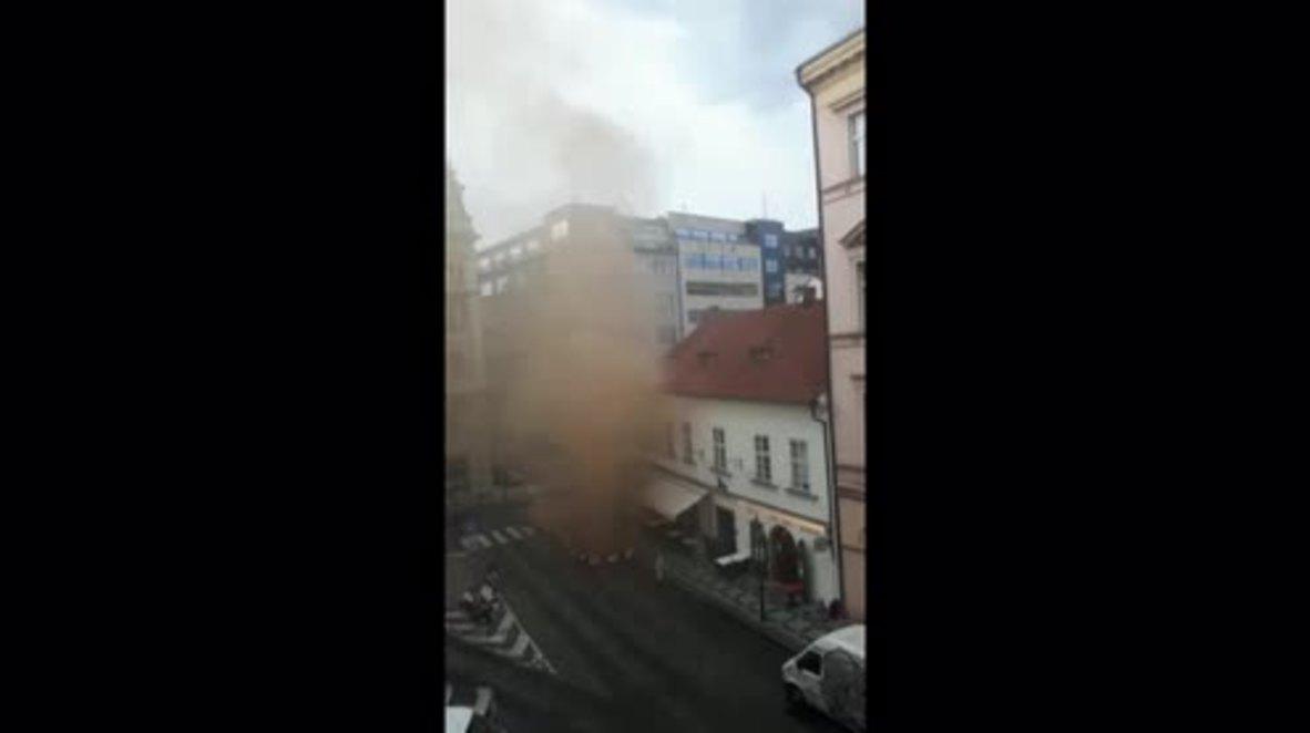 Czech Republic: Hundreds evacuated as gas leak clouds central Prague