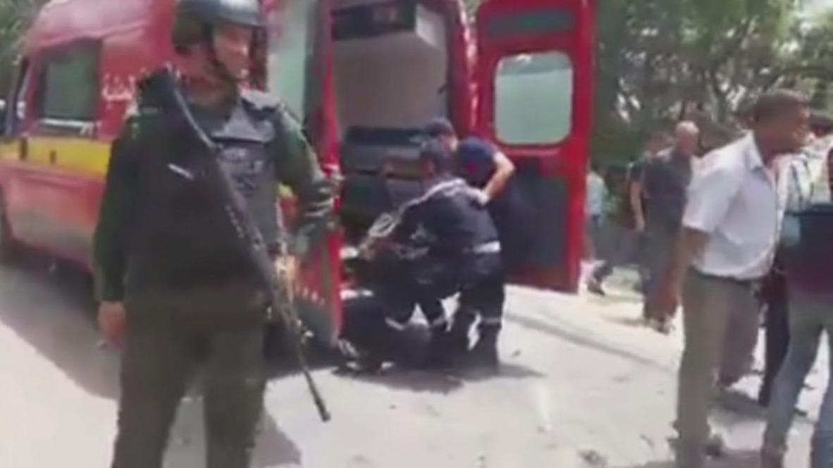 Túnez: 6 policías muertos tras ataque cerca de la frontera con Argelia *EXPLÍCITO*