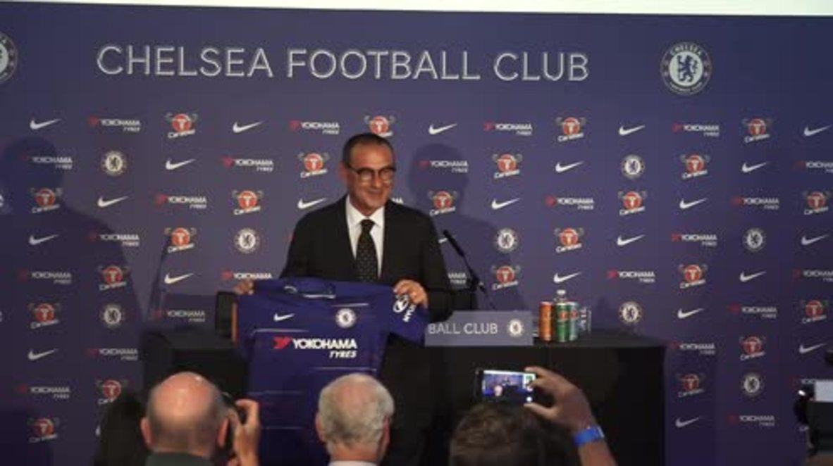 Reino Unido: Mauricio Sarri presentado como nuevo técnico del Chelsea