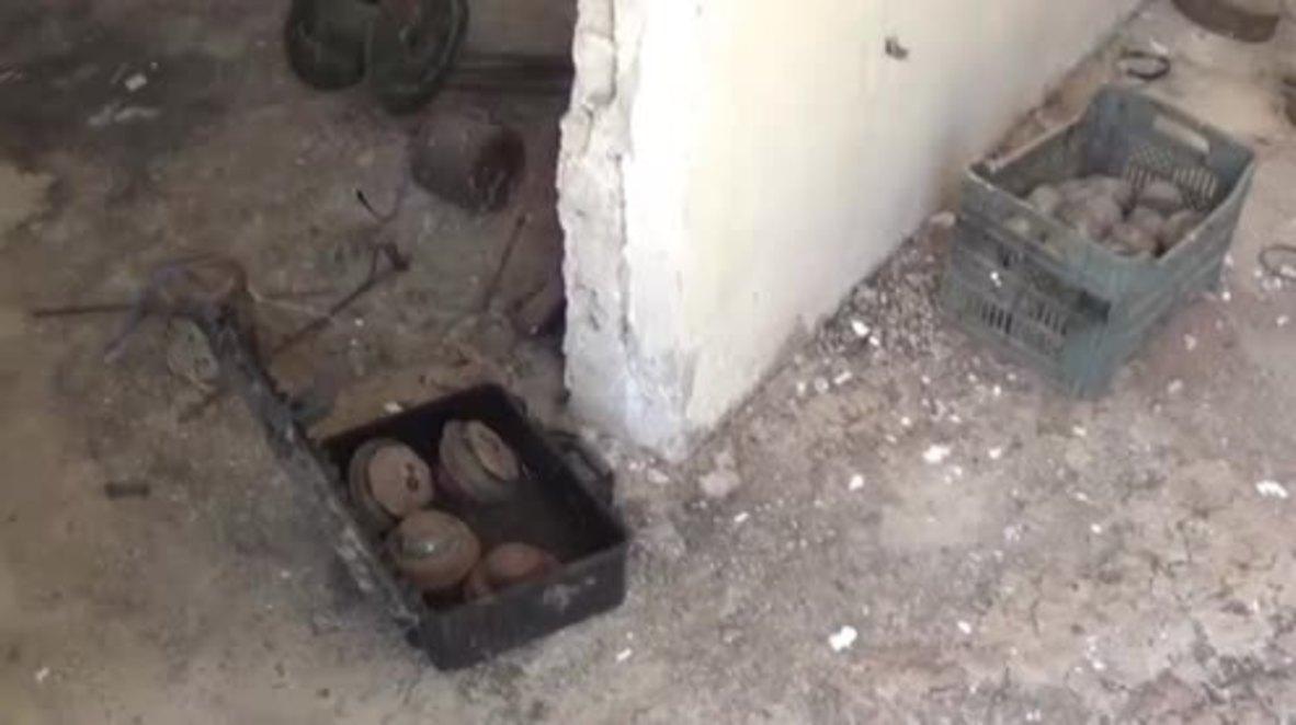 Siria: Militares sirios encuentran municiones en la base de Cascos Blancos