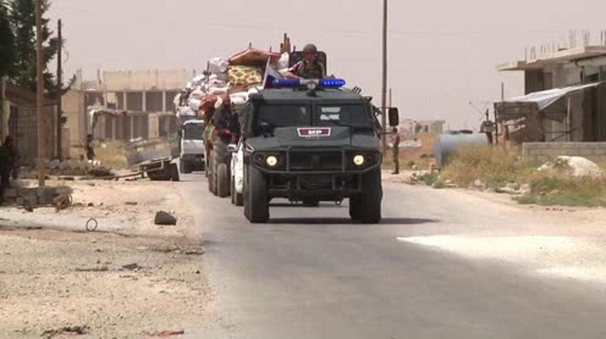 Siria: Los civiles abandonan la provincia de Idlib a través de un corredor humanitario