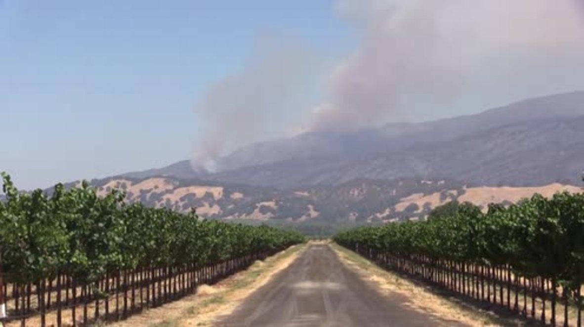 USA: Wildfire spreads across northern California