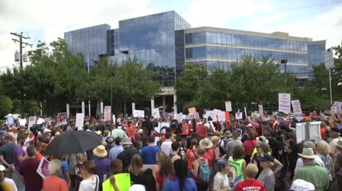 USA: Hundreds rally against gun violence outside NRA heaquarters