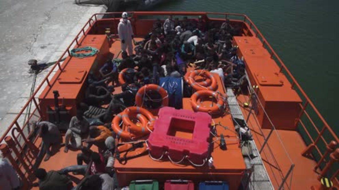 Spain: 78 refugees arrive in Barbate aboard rescue vessel