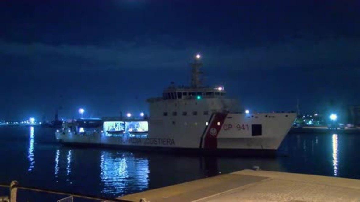 Italy: Diciotti ship with 177 rescued migrants docks in Catania
