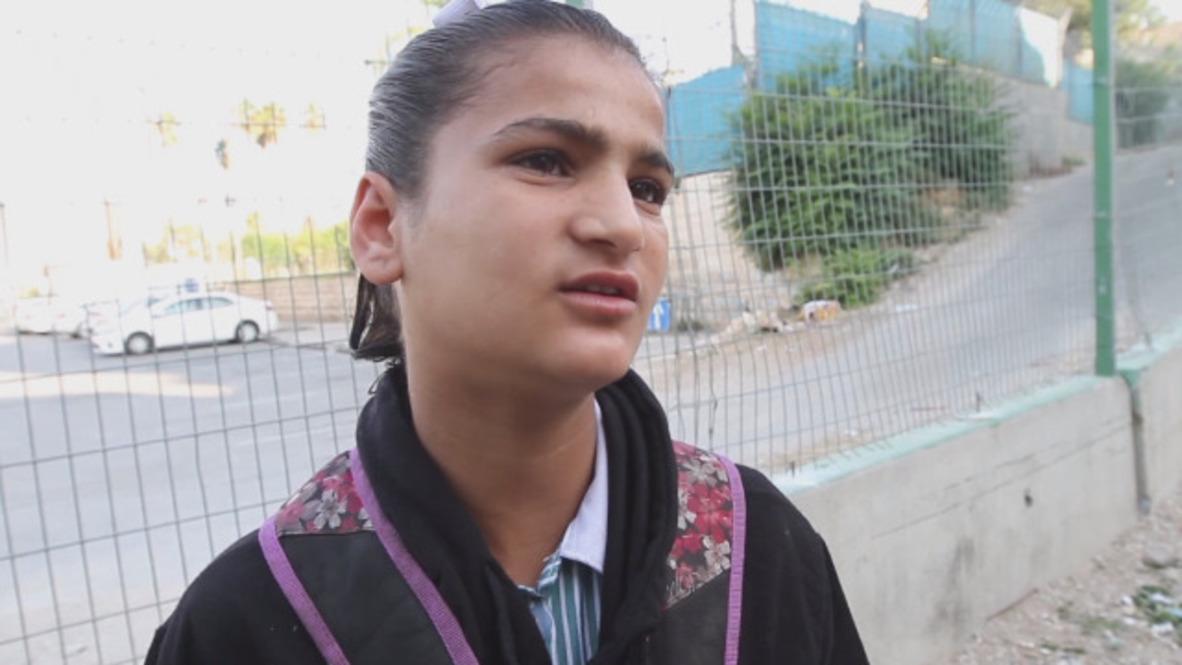 Estado de Palestina: Niña de 12 años obligada a escalar un muro para llegar a casa cuenta su experiencia