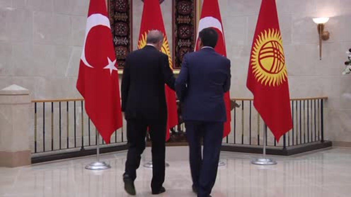 Kyrgyzstan: Erdogan meets Kyrgyz President Jeenbekov in Bishkek