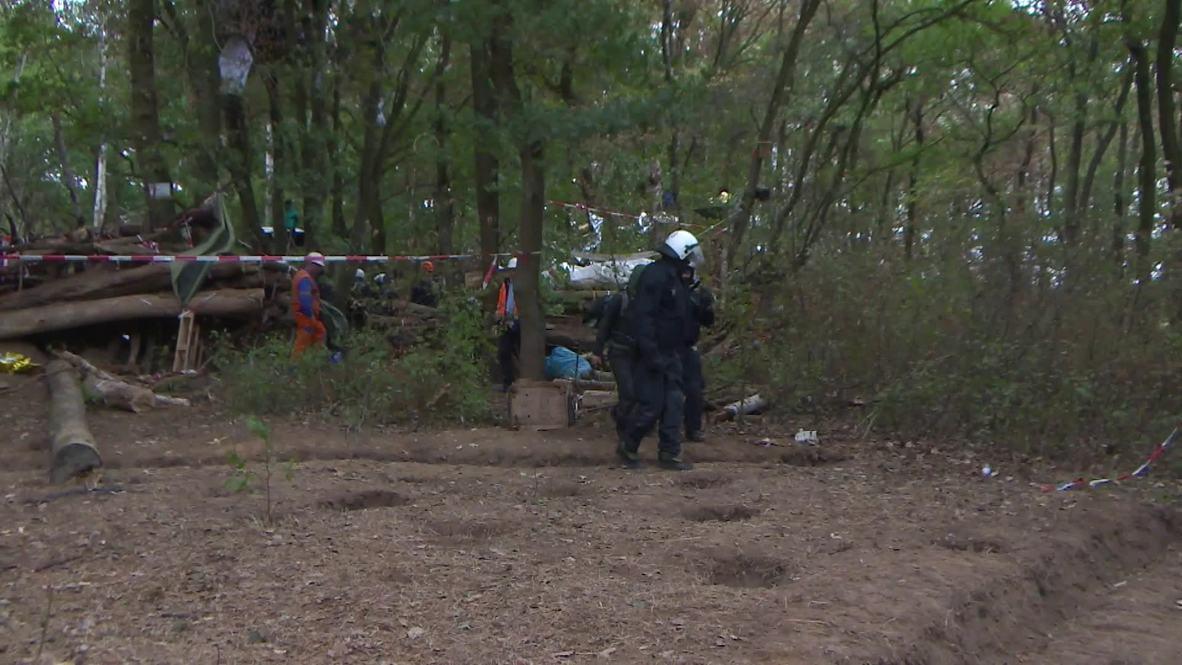 Alemania: La policía continúa desalojando a los activistas del bosque de Hambach