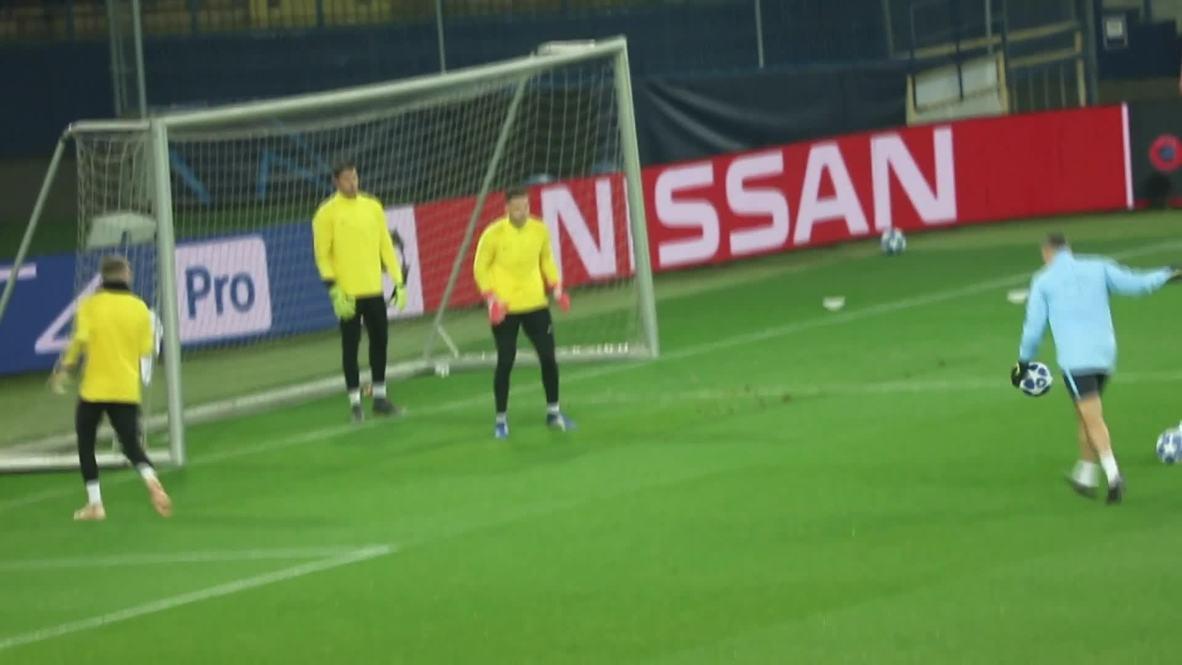 Ukraine: Guardiola hails 'special' Fernandinho ahead of Shakhtar Donetsk clash
