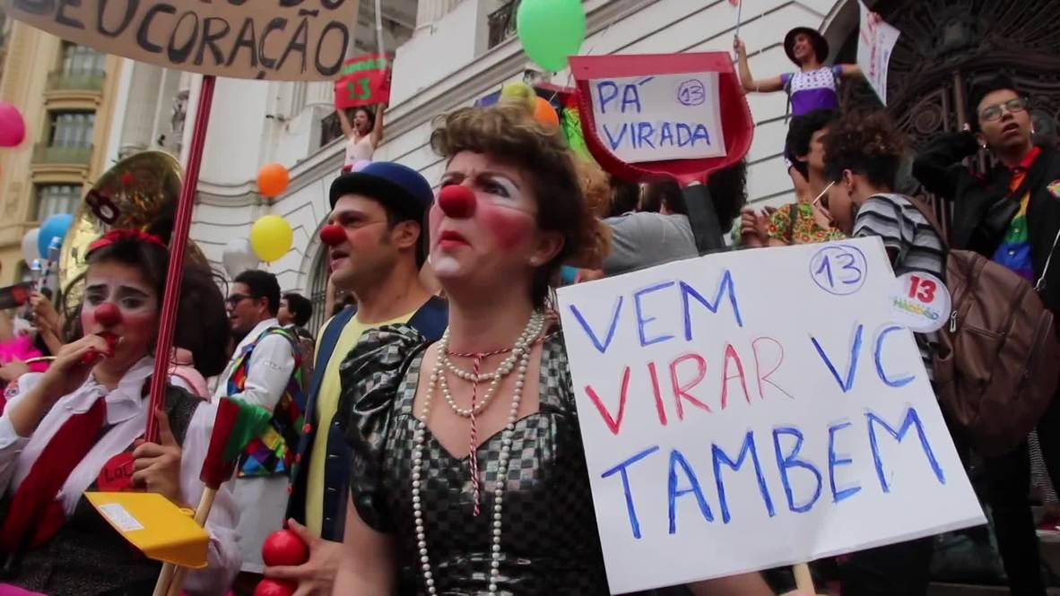 Brazil: Artists stage colourful protest against Bolsonaro in Rio