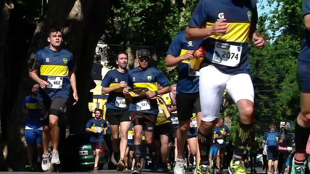Argentina: Cientos de aficionados del Boca Juniors participan en carrera de 12 km