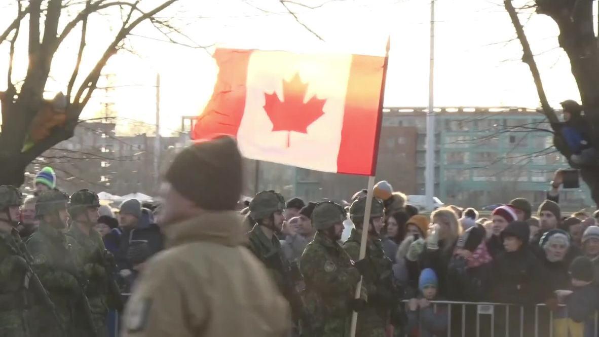 Letonia: Los letones celebran el centenario de su independencia con un desfile militar en las calles de Riga