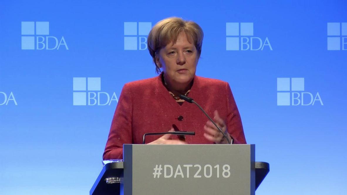 Germany: Merkel pledges to prevent 'disorderly' Brexit