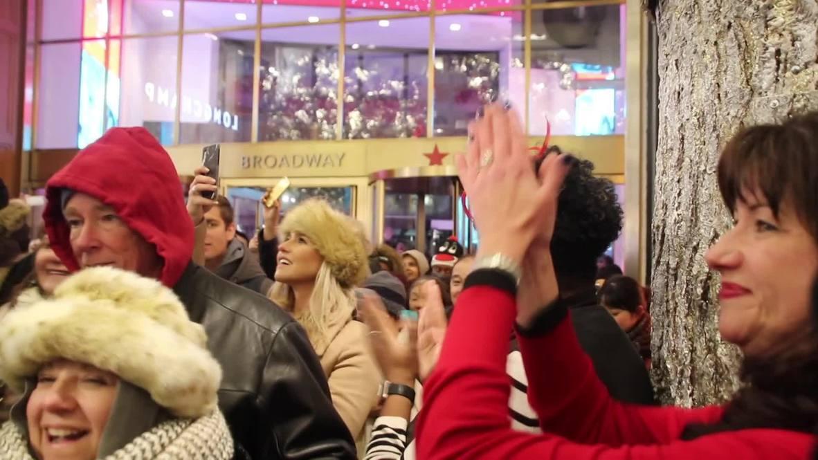 USA: Black Friday sales prove a hit at Macy's