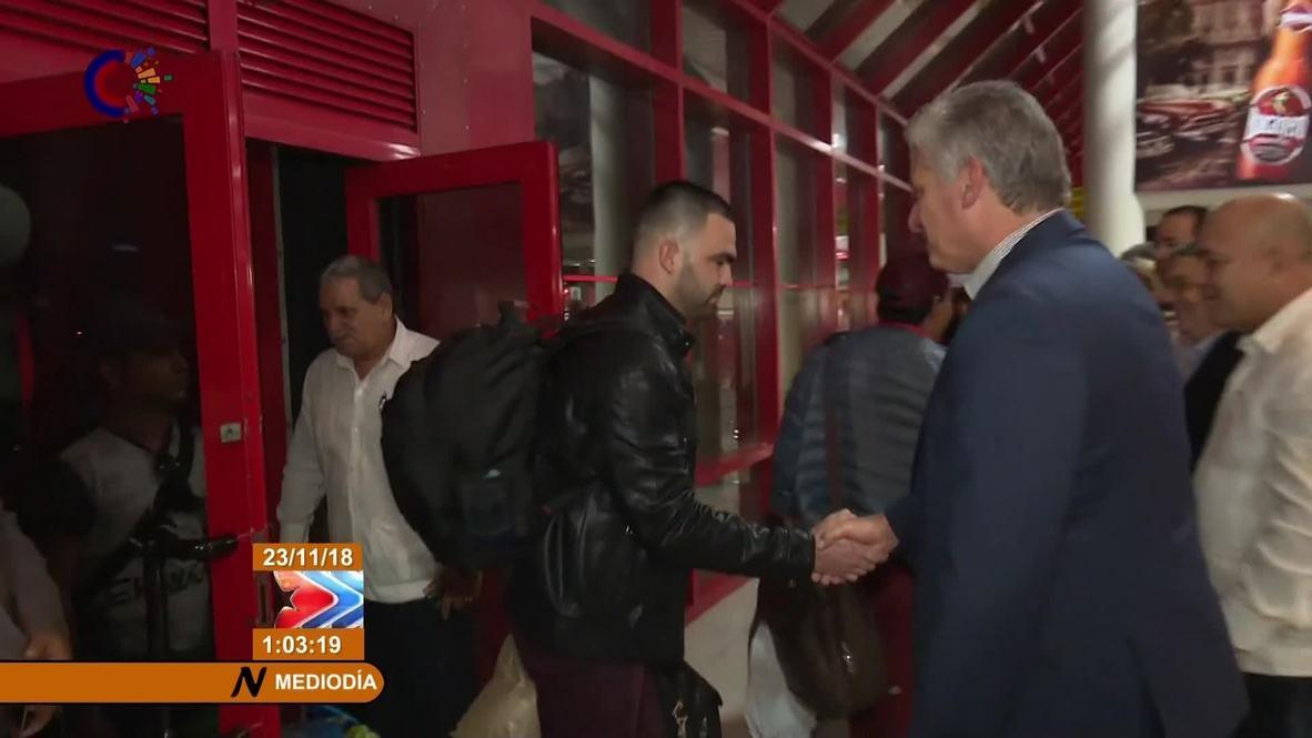 Cuba: Doctors return home after Bolsonaro's election victory