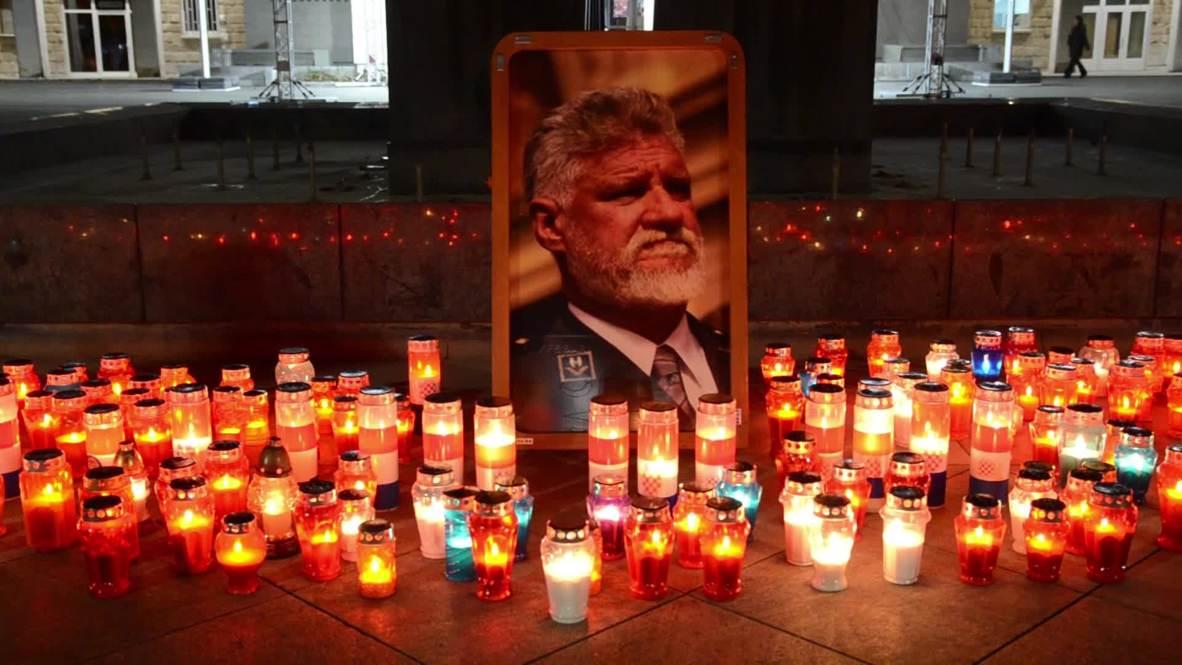 Bosnia and Herzegovina: Bosnian Croats pay tribute to Slobodan Praljak with candles