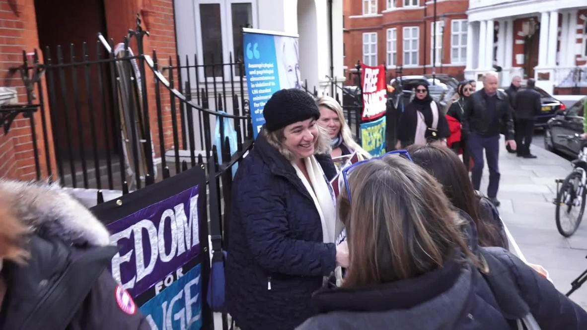 Reino Unido: Diputados alemanes visitan a Assange en la embajada ecuatoriana