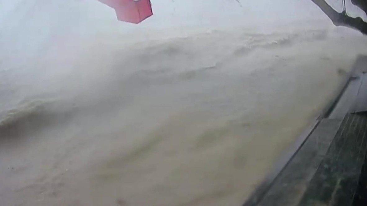 Thailand: Tropical storm Pabuk rips through shoreline decking