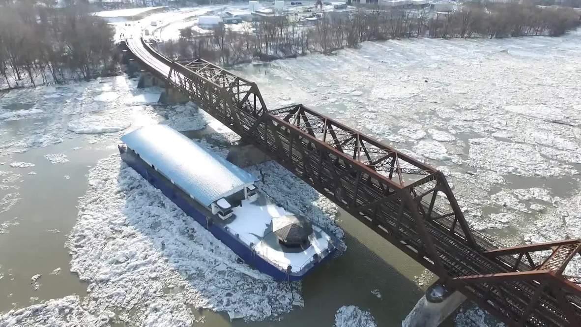 EE.UU.: Barcos se sueltan de sus amarres y flotan sin rumbo en el río Hudson