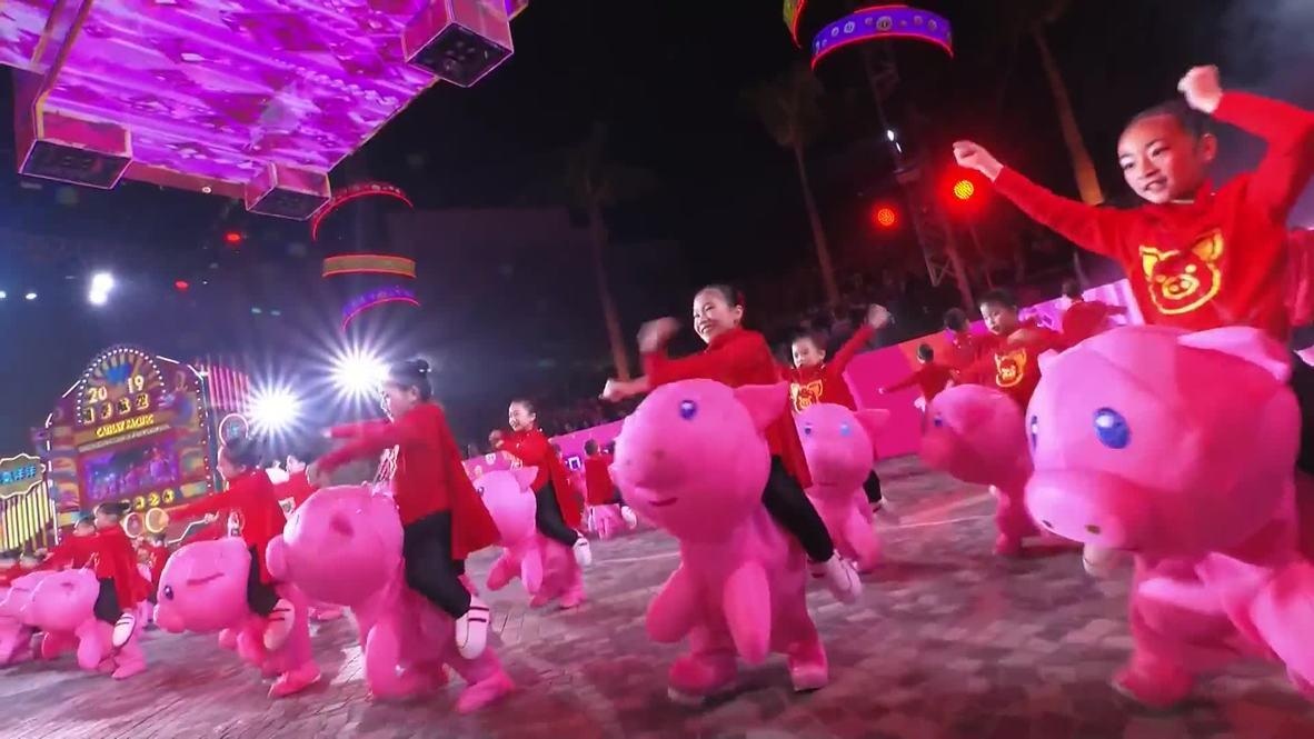 Hong Kong: El desfile del Año Nuevo chino anima las calles de la ciudad